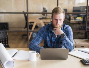Lenovo ThinkPad T15to ultrabook, którego misją jest zaspokojenie potrzeb użytkowników biznesowych